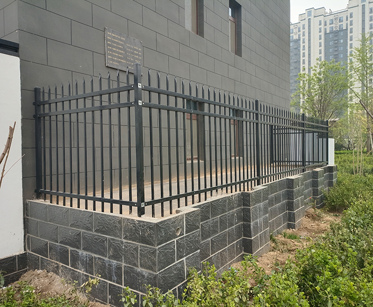 铝艺围墙栏杆使用案例